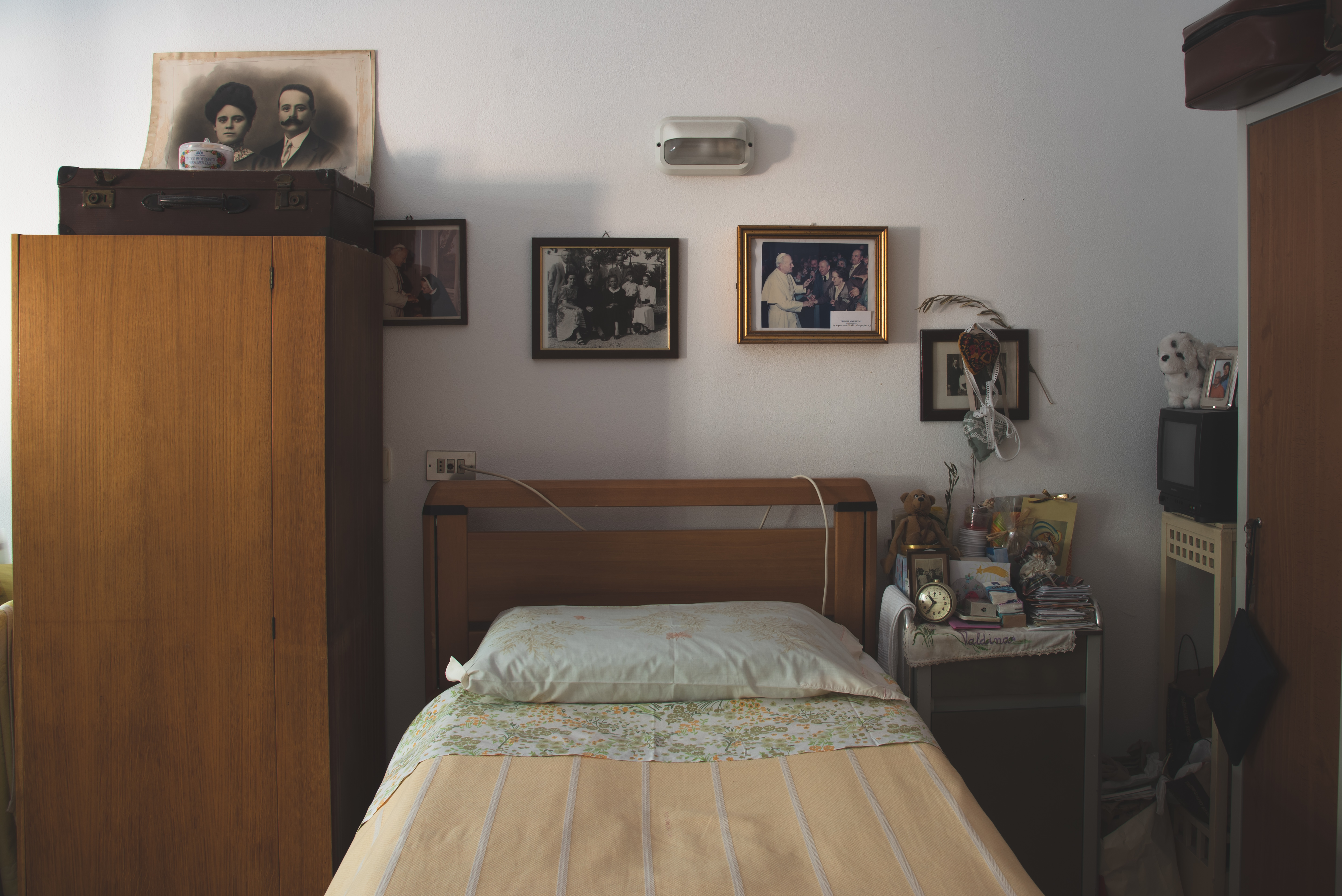 Valdina room in the elderly shelter