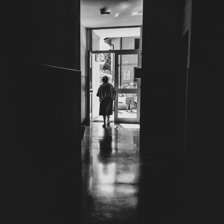 Valdina leaving her home